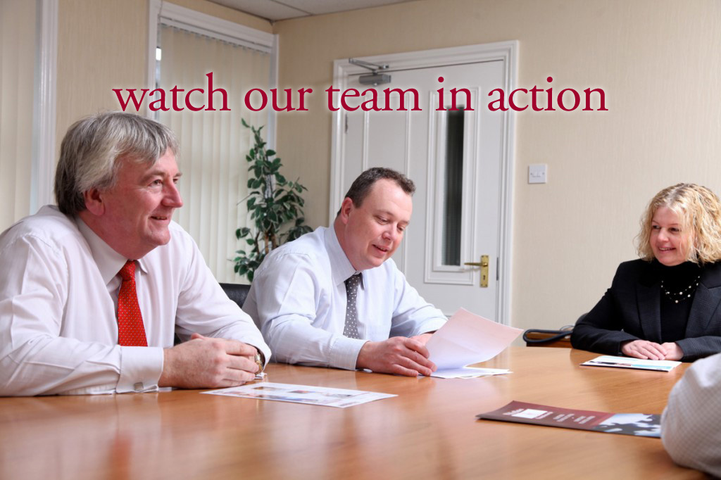Whatever stage of business life,<br>our team is able to help you.